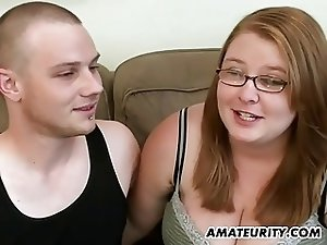 Chubby amateur girlfriend sucks and fucks at home