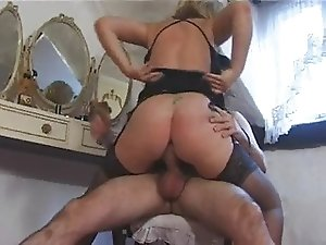 Blonde English Mature Fucks
