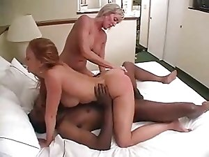 Long Amateur Interracial Threesome